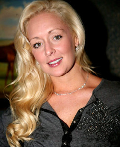 Mindy McCready dead of apparent suicide