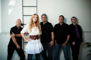 397_the-tierney-sutton-band_depth1