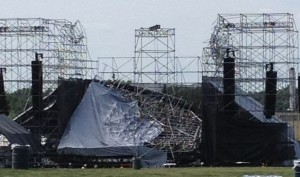 music_radiohead_stage_collapse