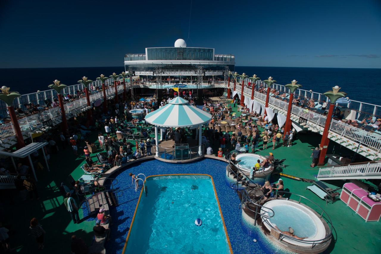 Sandy cruise