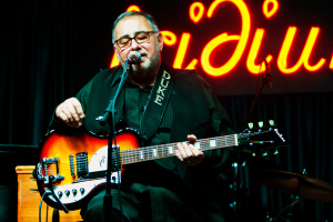 Duke Robillard, Calling All Blues