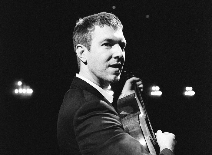 Hamilton Leithauser, Black Hours, The Walkmen, Club Cafe Pittsburgh, Bowery Ballroom, indie rock, Rostam Batmanglij, Vampire Weekend, Paul Maroon, Vox Studios Los Angeles, Leonard Cohen, Fleet Foxes, Dirty Projectors, The Shins