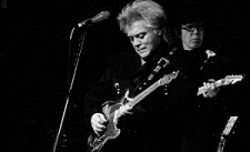Marty Stuart Rocks Hard And Soft