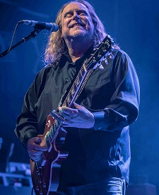 Gov't Mule And John Scofield Catch Lightning In A Bottle - Again