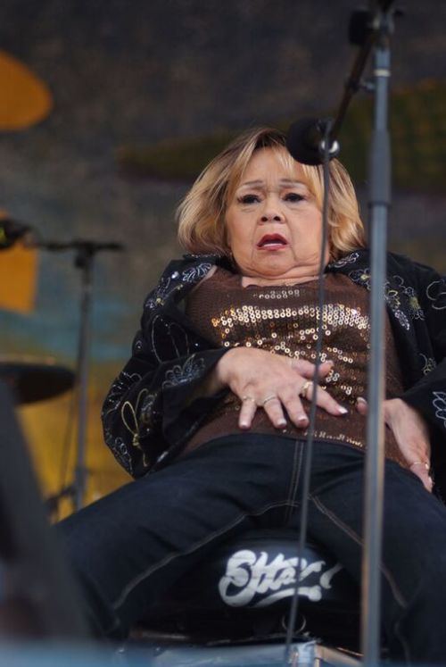 Etta James just three years before she passed away after a shocking 50 year career.