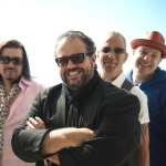 The Mavericks, Raul Malo