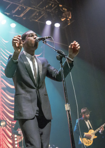 Leon Bridges at Chicago's Vic Theater by Mandy Pichler