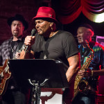 Aaron Neville (middle) with Charles Neville (R) and Eric Krasno (L)