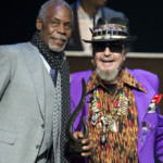 Danny Glover (L) presents the Hank Jones Award to Dr. John (R)